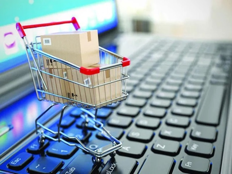 Shopping Online Versus Retail Shopping