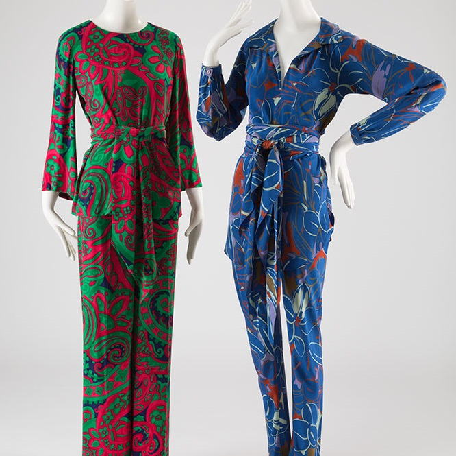 How Silk Pajamas Make A Great Gift?